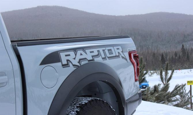 Ford Raptor 03